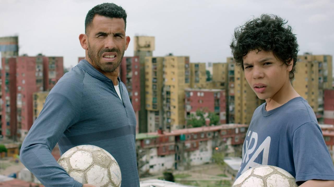 Netflix Futbol Yapımları Apache: La Vida De Carlos Tevez